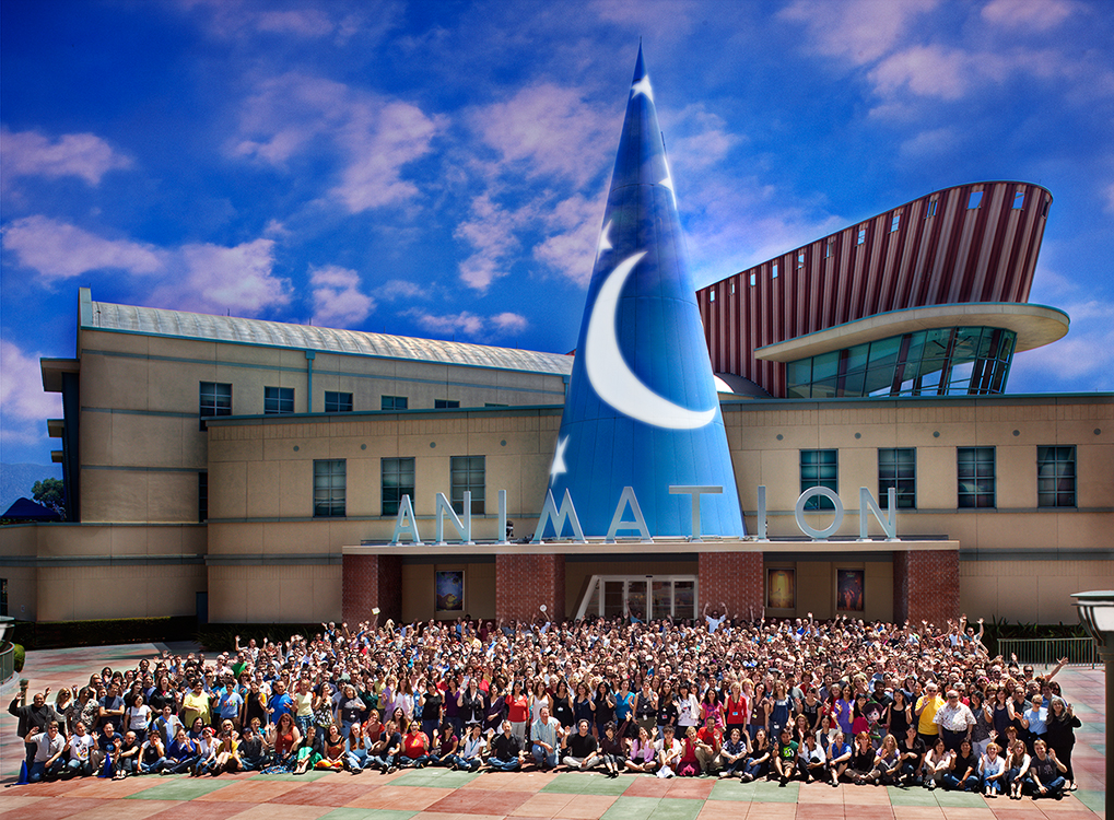 600 people in front the the Feature Animation Building (FAB)